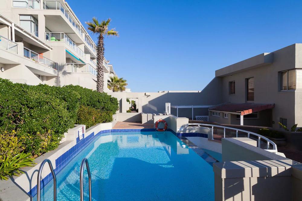 Dolphin beach Hotel12